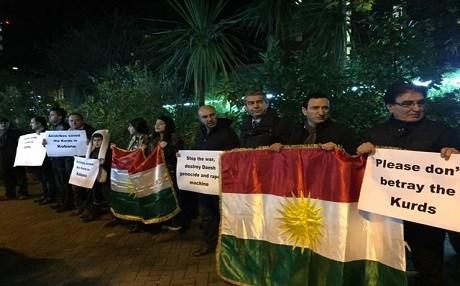 Kurds Protesting